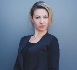 Олеся Маркова